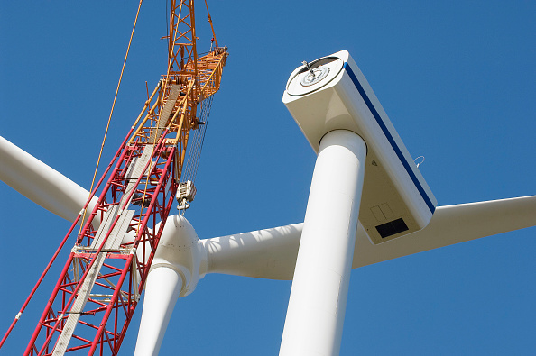 Blade「Installation of wind turbines in Cormainville, Eure-et-Loir France. The wind farm will supply energy to 51,300 inhabitants with an annual production of 128 GW.h」:写真・画像(9)[壁紙.com]
