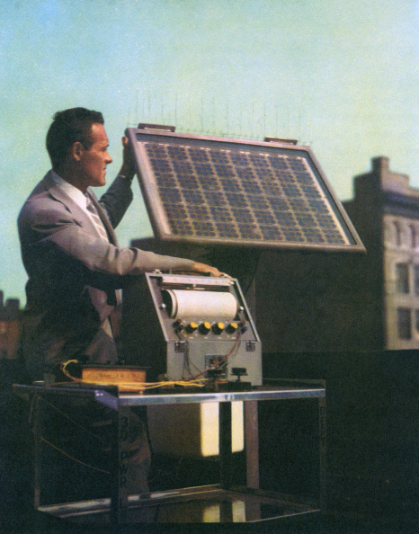 Solar Energy「1955 Solar Panel And Battery」:写真・画像(14)[壁紙.com]