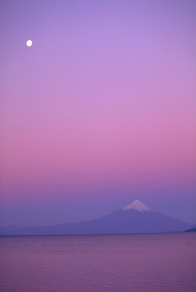 自然美「The Orsono Volcano At Sunset」:写真・画像(3)[壁紙.com]