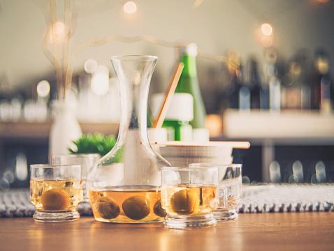 Saki Decanter「Authentic Japanese plum wine with ume plums」:スマホ壁紙(9)