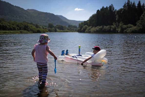 Summer「Tourism Picks Up In Former Flood Hit Areas」:写真・画像(7)[壁紙.com]