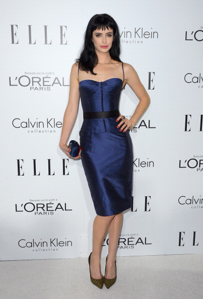 Form Fitted Dress「19th Annual ELLE Women In Hollywood Celebration - Arrivals」:写真・画像(19)[壁紙.com]