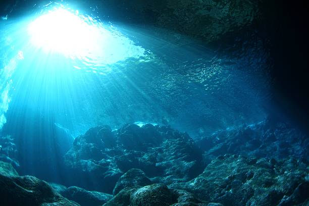 Underwater grotto, Saipan, Northern Mariana Islands:スマホ壁紙(壁紙.com)