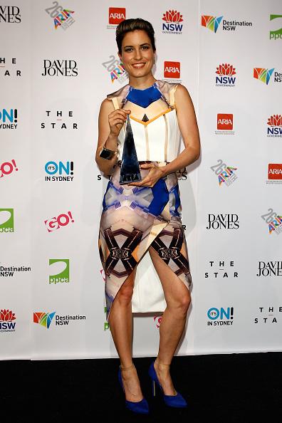 Suede「26th Annual ARIA Awards 2012 - Awards Room」:写真・画像(9)[壁紙.com]