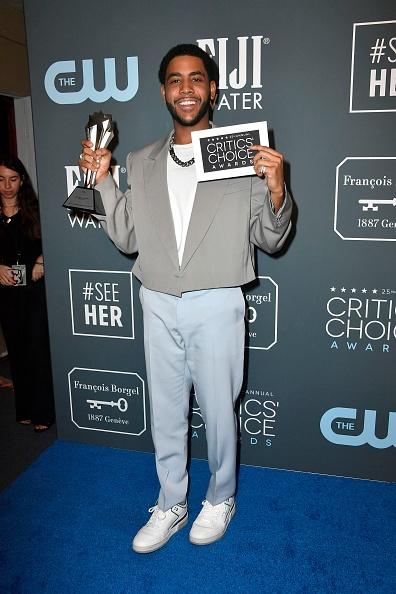 Incidental People「25th Annual Critics' Choice Awards - Press Room」:写真・画像(11)[壁紙.com]