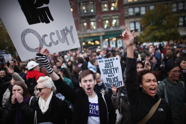 Chaos「Occupy Wall Street Holds Major Day Of Action In New York City」:写真・画像(15)[壁紙.com]