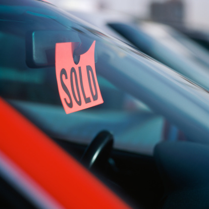 Car Dealership「Sold sign in car」:スマホ壁紙(6)