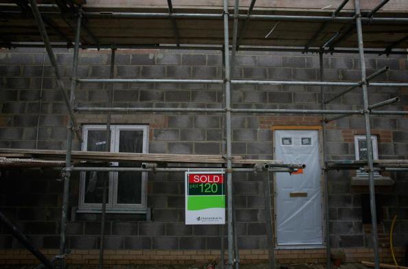 柿「UK's Biggest Housebuilder Postpones Start On New Homes As Sales Slump」:写真・画像(13)[壁紙.com]