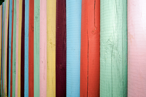 Bunting「Colorful Fence」:スマホ壁紙(9)