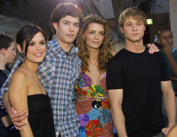 California「Cast of O.C.」:写真・画像(1)[壁紙.com]