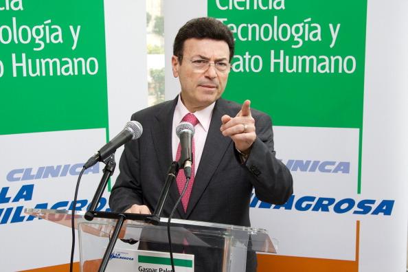 Carlos Alvarez「King Juan Carlos Surgery - Press Conference」:写真・画像(10)[壁紙.com]