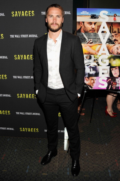"Savages - Film Title「""Savages"" New York Premiere - Inside Arrivals」:写真・画像(15)[壁紙.com]"