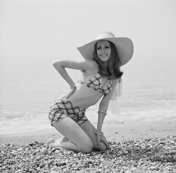 Swimwear「Beach Bikini」:写真・画像(18)[壁紙.com]