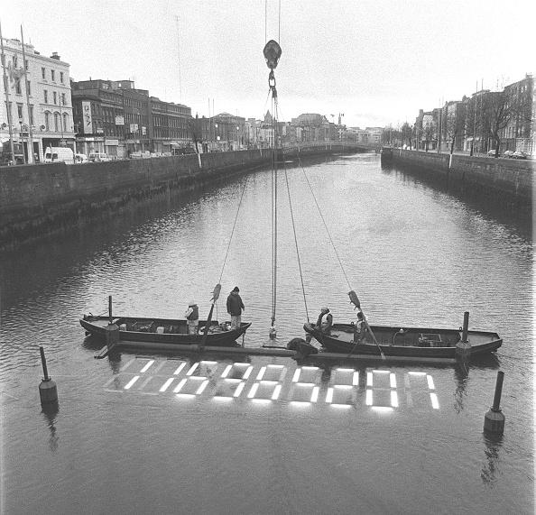 アイルランド リフィー川「Millenium clock」:写真・画像(19)[壁紙.com]