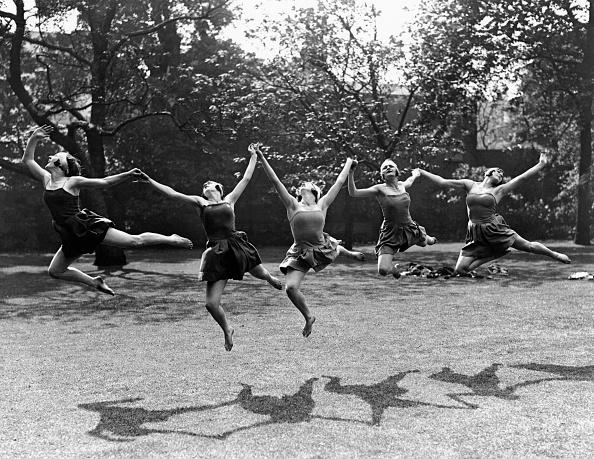 Jumping「Joie De Vivre」:写真・画像(10)[壁紙.com]