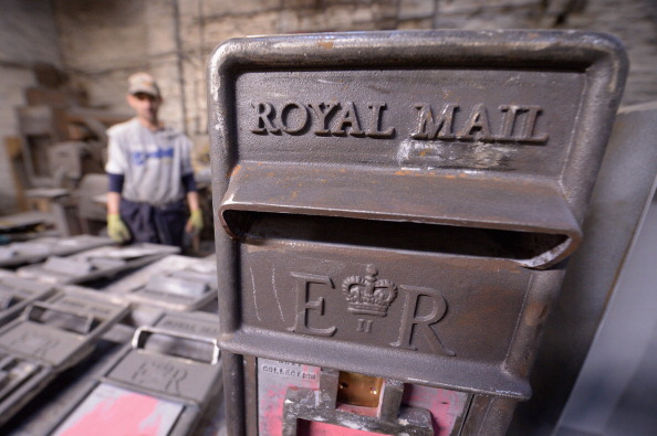 Jeff J Mitchell「Royal Mail Post Box Production」:写真・画像(17)[壁紙.com]