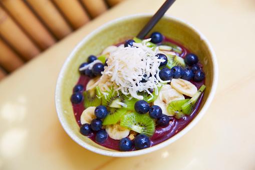 Kiwi「Healthy food acai fruit bowl」:スマホ壁紙(0)