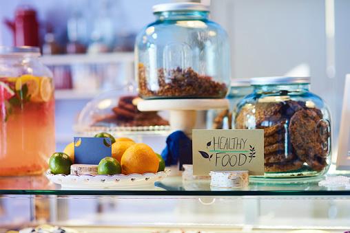 Organic「Healthy food in a cafe」:スマホ壁紙(3)