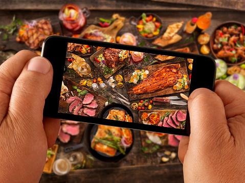 Picnic「Food Selfie of bbq Feast」:スマホ壁紙(12)