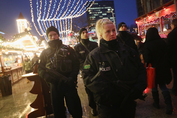 2016 Berlin Christmas Market Attack「Christmas Market Targeted In Terror Attack Reopens」:写真・画像(13)[壁紙.com]