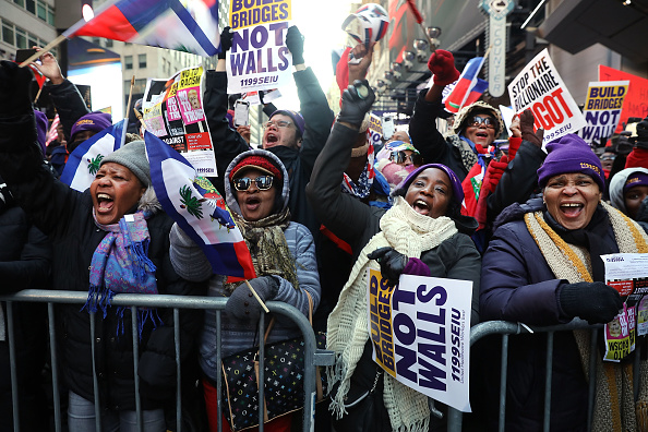 アメリカ合州国「Activists Hold Martin Luther King Day March in New York」:写真・画像(12)[壁紙.com]