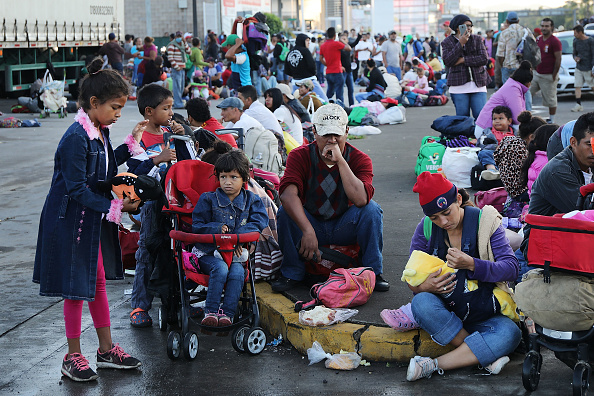 Central America「Thousands Of Hondurans In Migrant Caravan Continue March Through Mexico」:写真・画像(7)[壁紙.com]