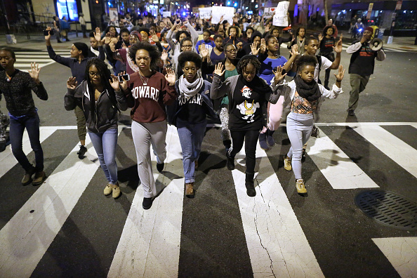 Teenager「Hundreds Rally In DC After Grand Jury Decision In Michael Brown Shooting」:写真・画像(17)[壁紙.com]