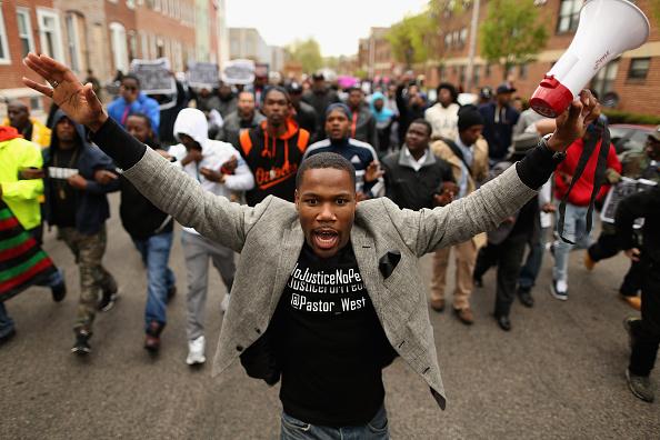 抗議者「Protesters March Over Death Of Freddie Gray」:写真・画像(14)[壁紙.com]