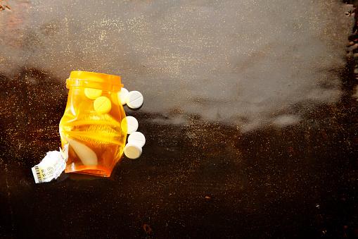 Pennsylvania「dependency of prescription medicine」:スマホ壁紙(15)