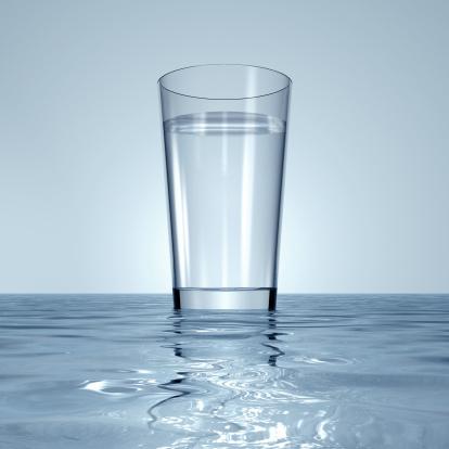 透明「A Glas of Clear Water 」:スマホ壁紙(3)