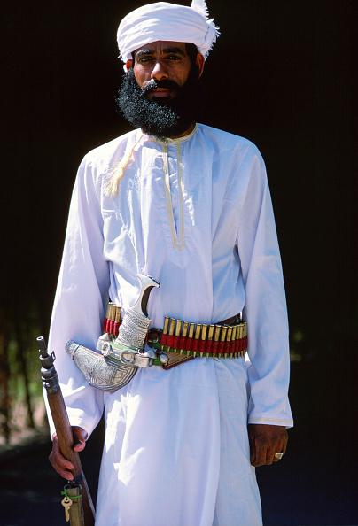 Tim Graham「Guard, Nizwa, Oman」:写真・画像(10)[壁紙.com]