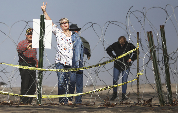 Baja California Peninsula「Border Wall On US Mexico Border Continues To Be Sticking Point Driving Government Shutdown Into Its Third Week」:写真・画像(1)[壁紙.com]