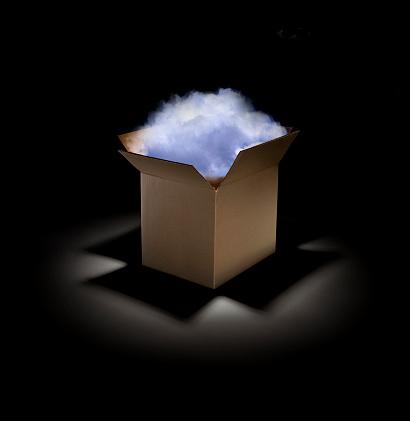 Cloud Storage「Cloud in a box」:スマホ壁紙(5)