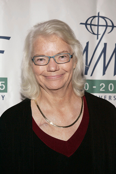 Breast「FILE: Columnist and Author Molly Ivins Dies at 62」:写真・画像(10)[壁紙.com]