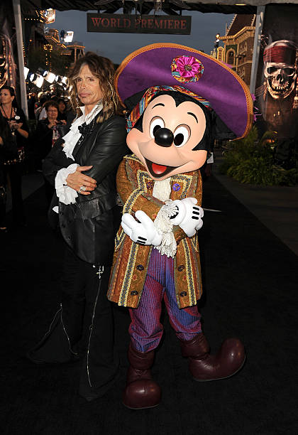 Premiere Of Walt Disney Pictures' 'Pirates Of The Caribbean: On Stranger Tides' - Red Carpet:ニュース(壁紙.com)