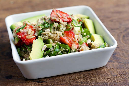Pine Nut「Bowl of quinoa strawberry salad with spinach and avocado」:スマホ壁紙(6)