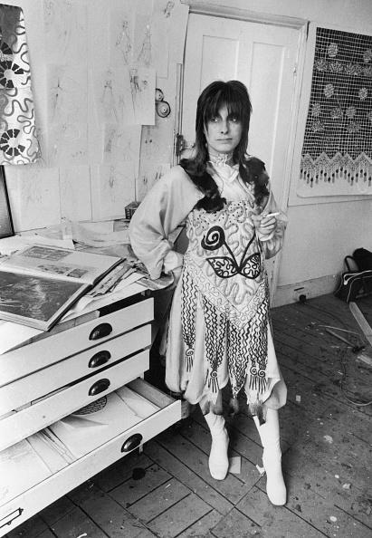 Dresser「Zandra Rhodes」:写真・画像(11)[壁紙.com]