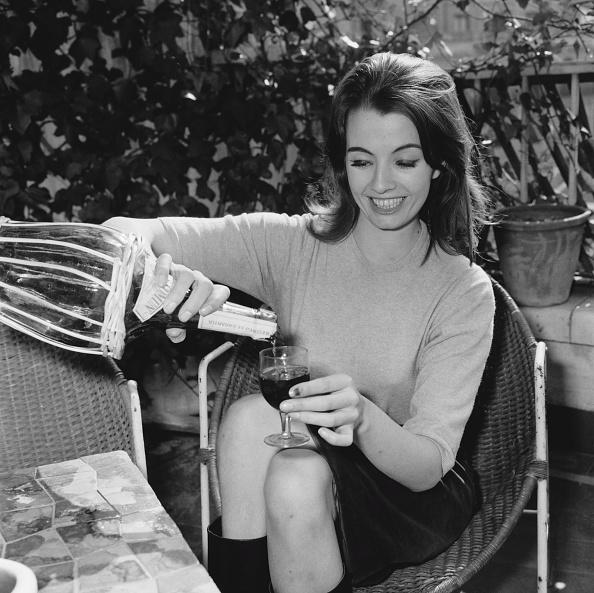 Drinking Glass「Christine Keeler」:写真・画像(7)[壁紙.com]