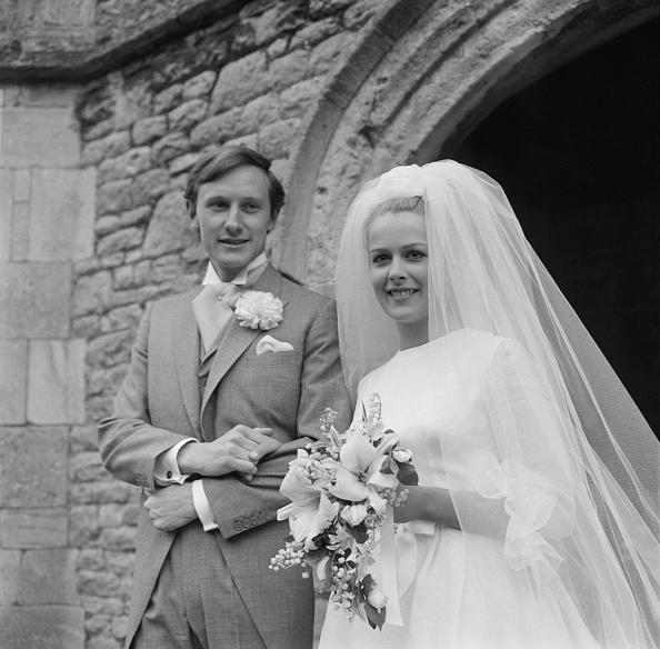 Reg Burkett「Wedding of Candida Betjeman And Rupert Lycett Green」:写真・画像(11)[壁紙.com]