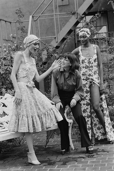 Mary Quant - Fashion Designer「Mary Quant with Fashion Models」:写真・画像(3)[壁紙.com]