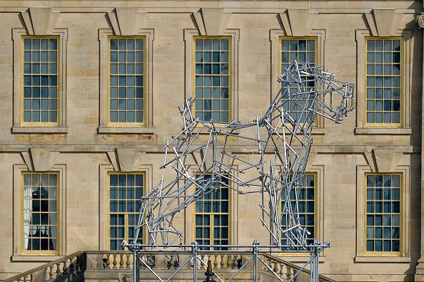 動物「Duke and Duchess of Devonshire Present Chatsworth 2019 Sculpture Exhibition」:写真・画像(7)[壁紙.com]