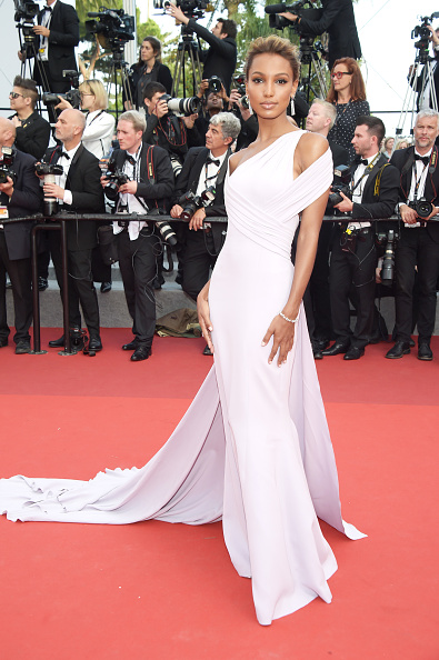 Film Industry「'The Beguiled' Red Carpet Arrivals - The 70th Annual Cannes Film Festival」:写真・画像(11)[壁紙.com]