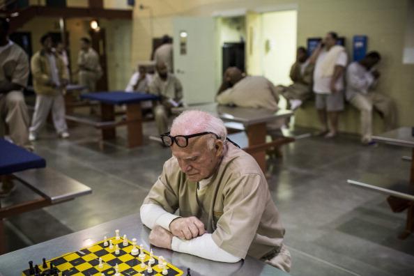 Nathan Burton「Aging Prisoners Make Up Fastest Growing Segment Of Nation's Prison Population」:写真・画像(5)[壁紙.com]