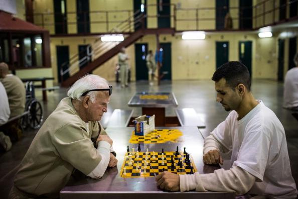 Nathan Burton「Aging Prisoners Make Up Fastest Growing Segment Of Nation's Prison Population」:写真・画像(3)[壁紙.com]