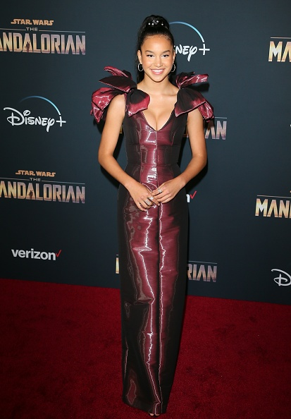"The Mandalorian - TV Show「Premiere Of Disney+'s ""The Mandalorian"" - Arrivals」:写真・画像(12)[壁紙.com]"