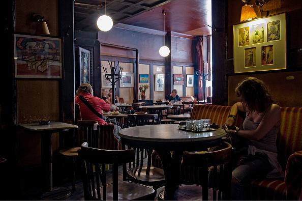 Coffee Table「The Café Hawelka」:写真・画像(11)[壁紙.com]