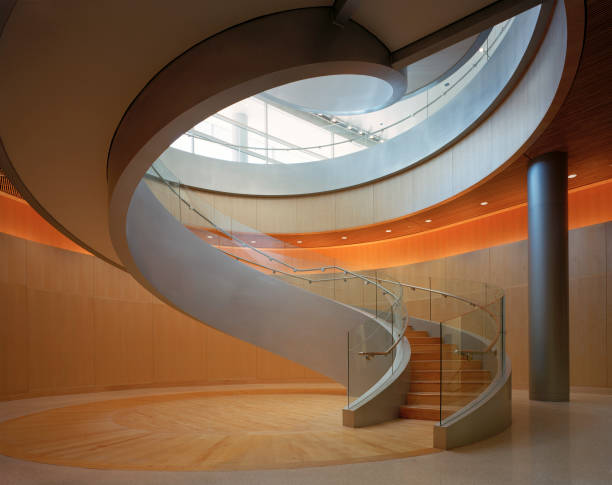 Interior view of spiral staircase on University campus in Utah, USA.:ニュース(壁紙.com)