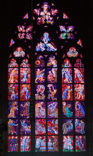 St Vitus's Cathedral「Interior view of cathedral window」:スマホ壁紙(15)