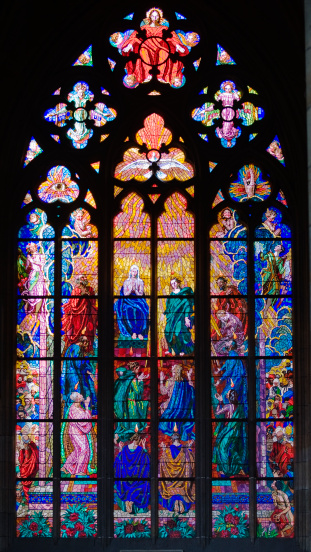 St Vitus's Cathedral「Interior view of cathedral window」:スマホ壁紙(10)