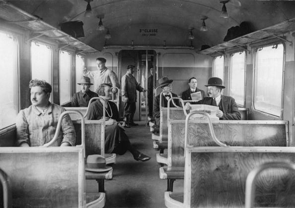 鉄道・列車「Interior view of a new waggon of the 3rd class, France, Photograph,1930」:写真・画像(2)[壁紙.com]